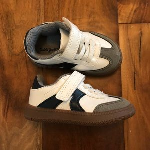 Cat and Jack white leather toddler sneakers